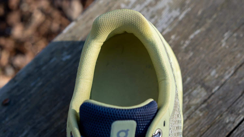 cloudstratus running shoe